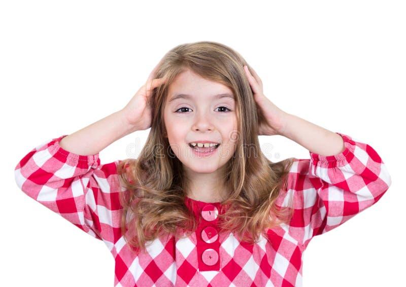 Kindmeisje lachen verrast met boven geïsoleerde handen stock afbeelding