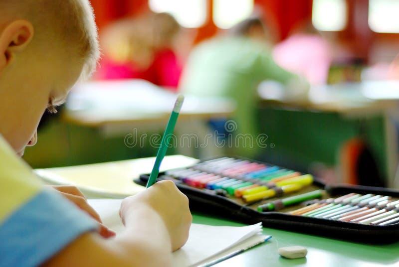 Kindschreiben stockbilder
