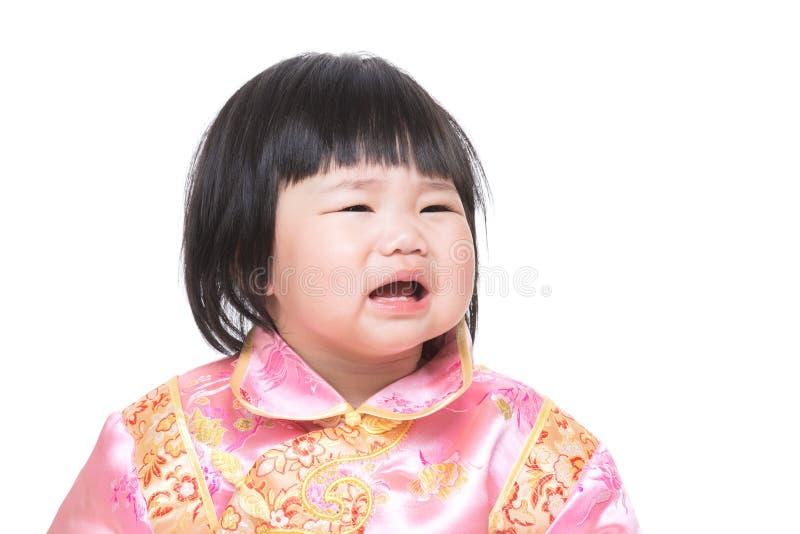 Kines behandla som ett barn flickagråt royaltyfria foton