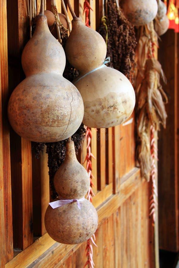 kinesgarnering för 3 calabash arkivfoto