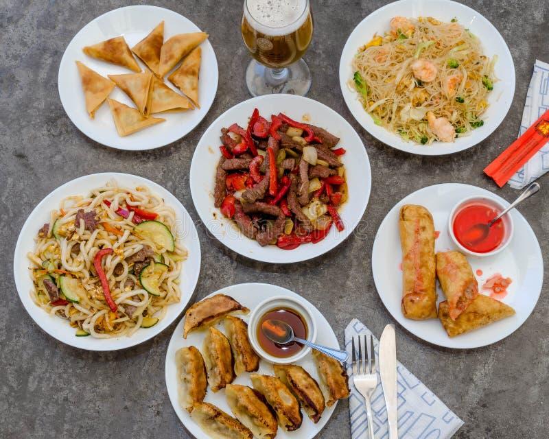 Kinesisk asiatisk mat royaltyfria bilder