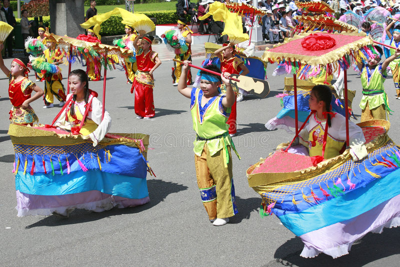 kinesisk dansare royaltyfria bilder
