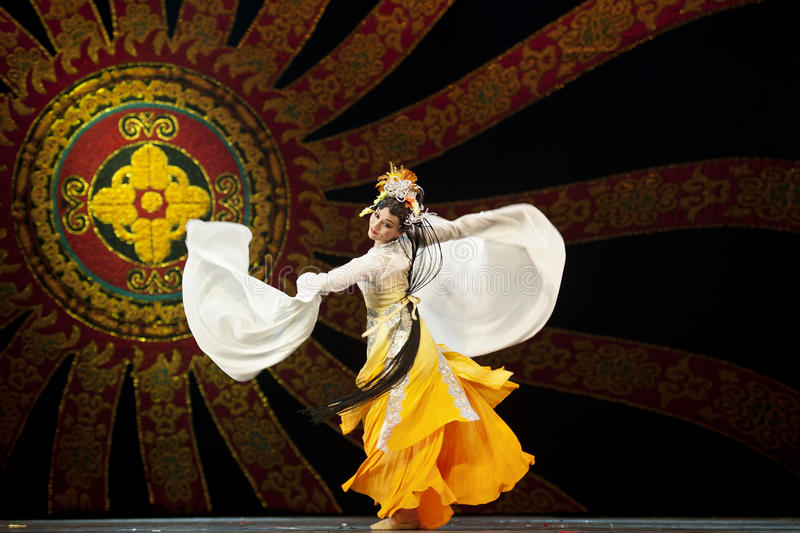 kinesisk dansarenational arkivbilder