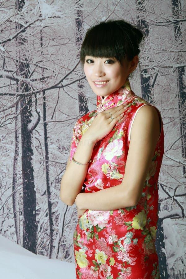 kinesisk flickaplatssnow arkivbild