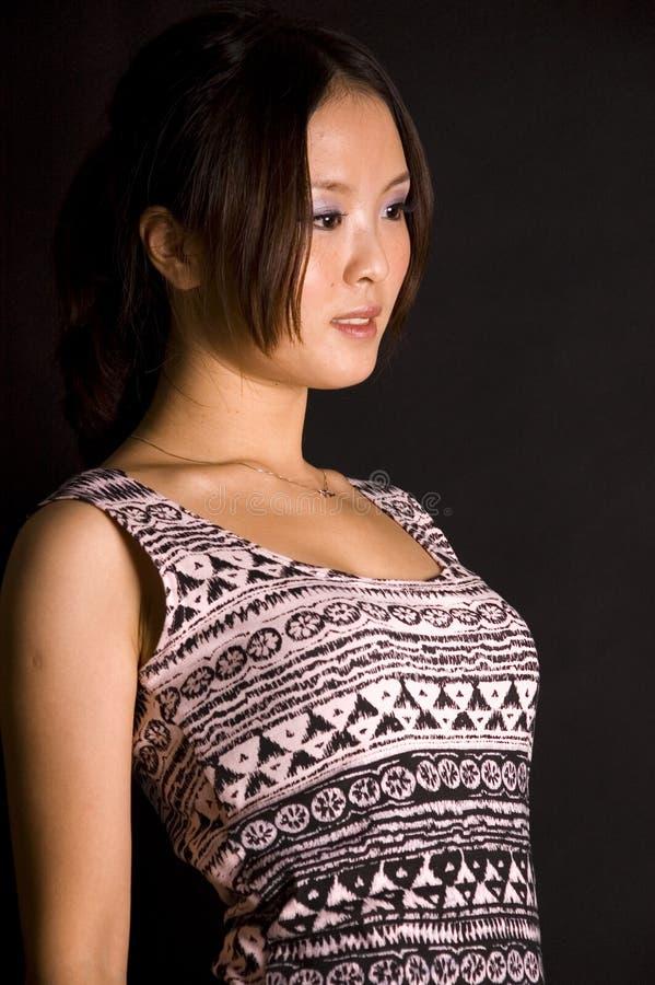 kinesisk gullig skirttonåring royaltyfri fotografi