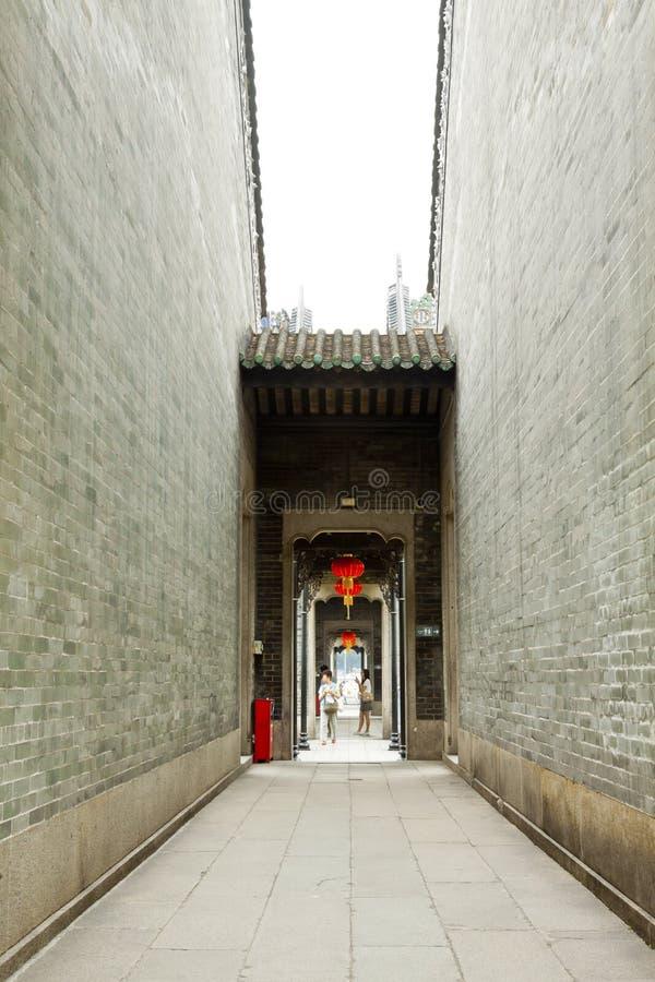 Kinesisk korridor i tempel arkivfoton