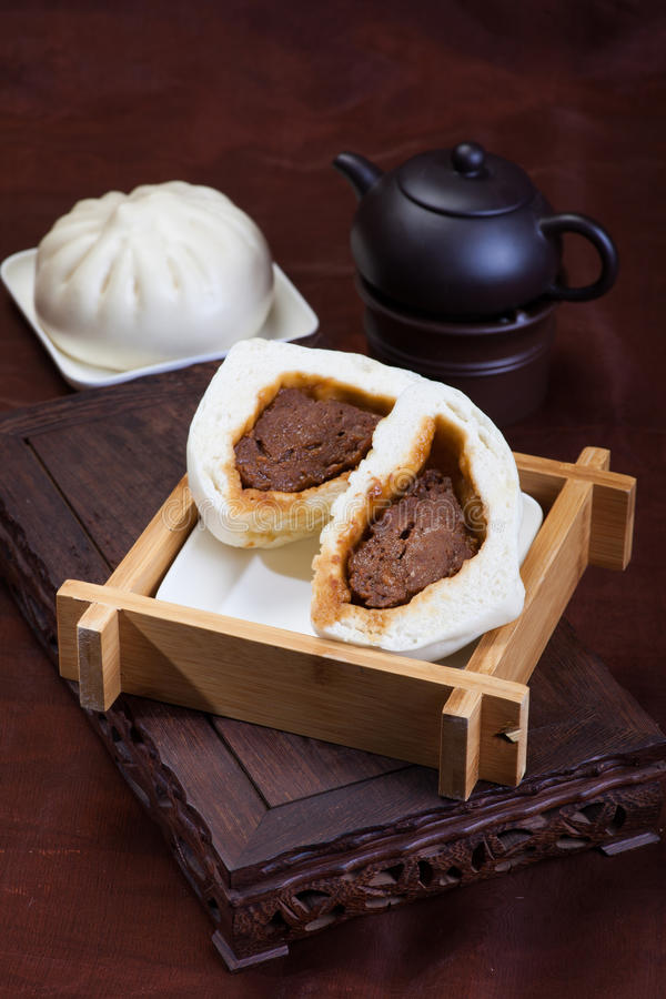 Kinesisk mat, ångade bullar fotografering för bildbyråer