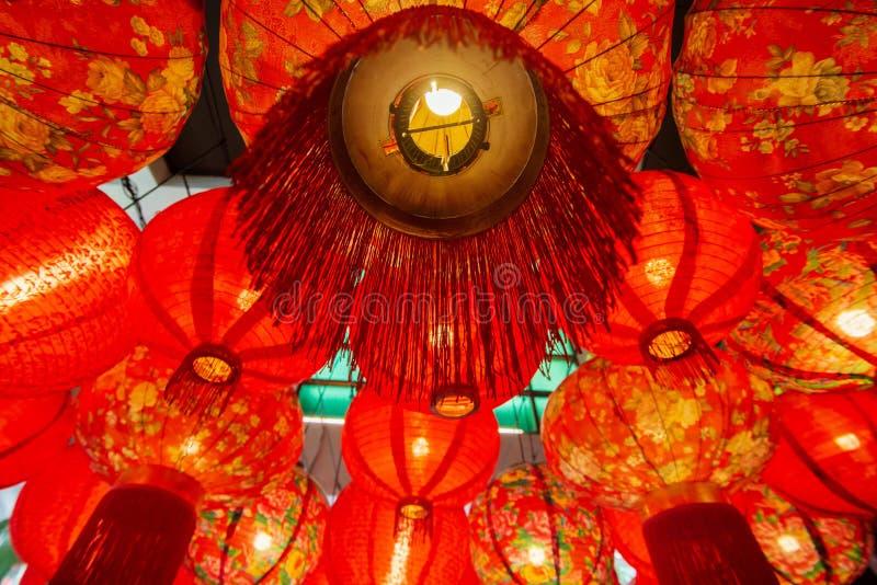 Kinesisk röd garnering för pappers- lykta arkivbild
