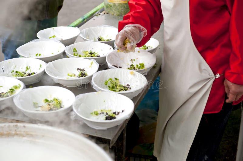 Kinesisk soupförberedelse royaltyfri bild