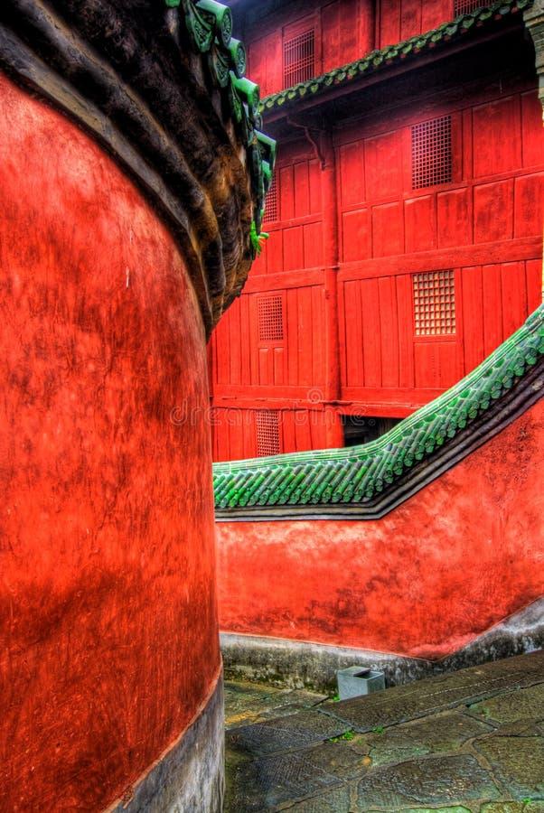 kinesisk stenwalkway royaltyfria foton