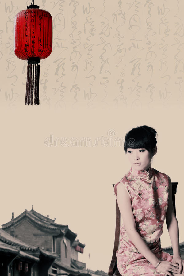 kinesisk traditionell klänningflicka royaltyfri foto