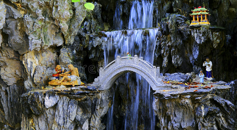 Kinesisk zenträdgårdplats arkivfoton