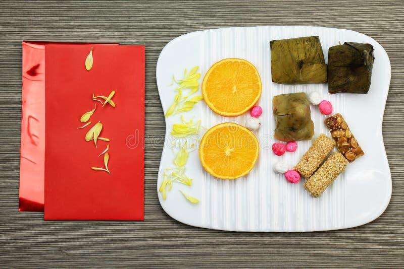 Kinesiska festivalgarneringar för nytt år, ang-pow eller rött paket arkivbild
