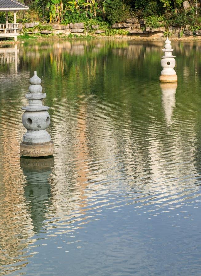 kinesiska klassiska trädgårdar royaltyfria foton