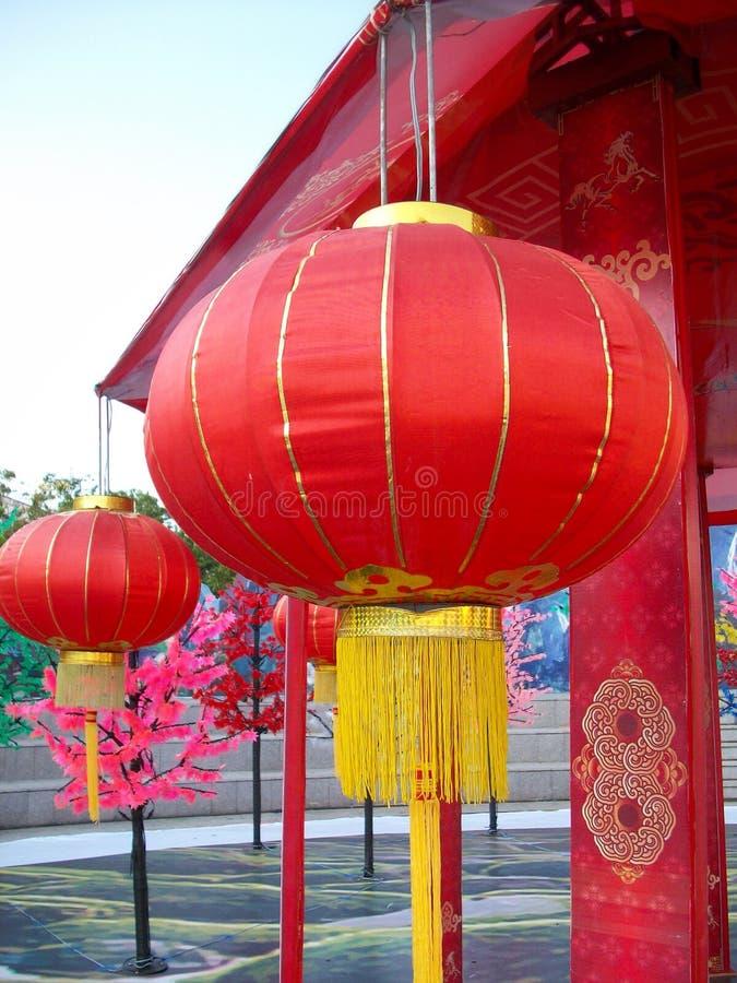 Download Kinesiska lyktor under arkivfoto. Bild av papper, religion - 37349150