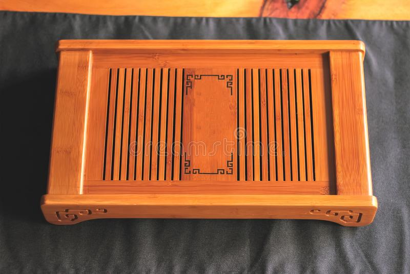 Kinesiskt bambumagasin eller tabell för teceremoni royaltyfria bilder