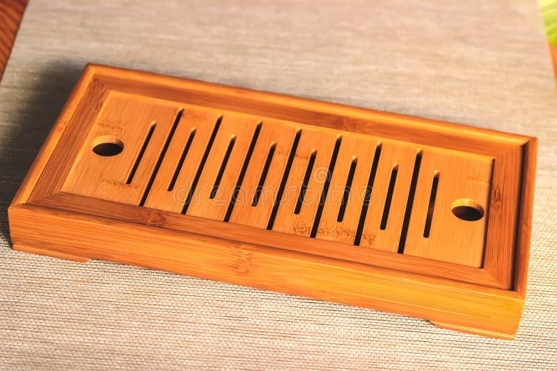 Kinesiskt bambumagasin eller tabell för teceremoni royaltyfria foton
