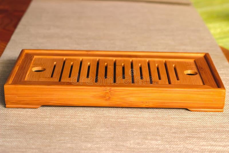 Kinesiskt bambumagasin eller tabell för teceremoni arkivbild