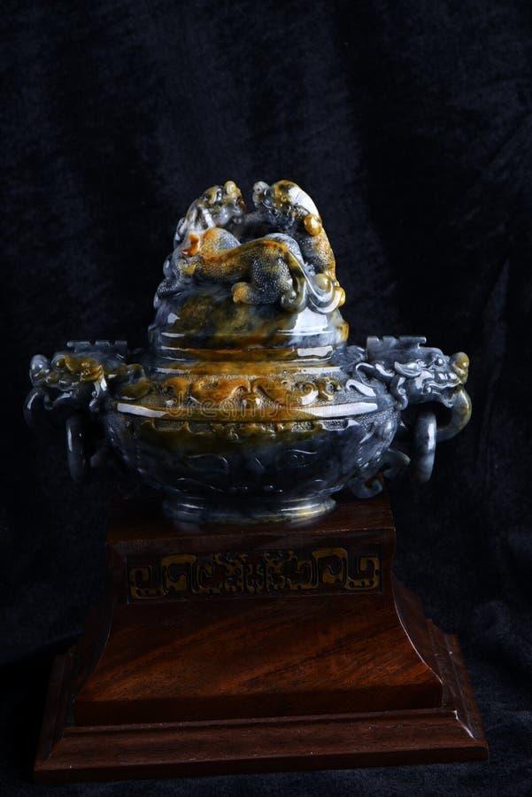 Kinesiskt forntida snida för jade royaltyfri foto