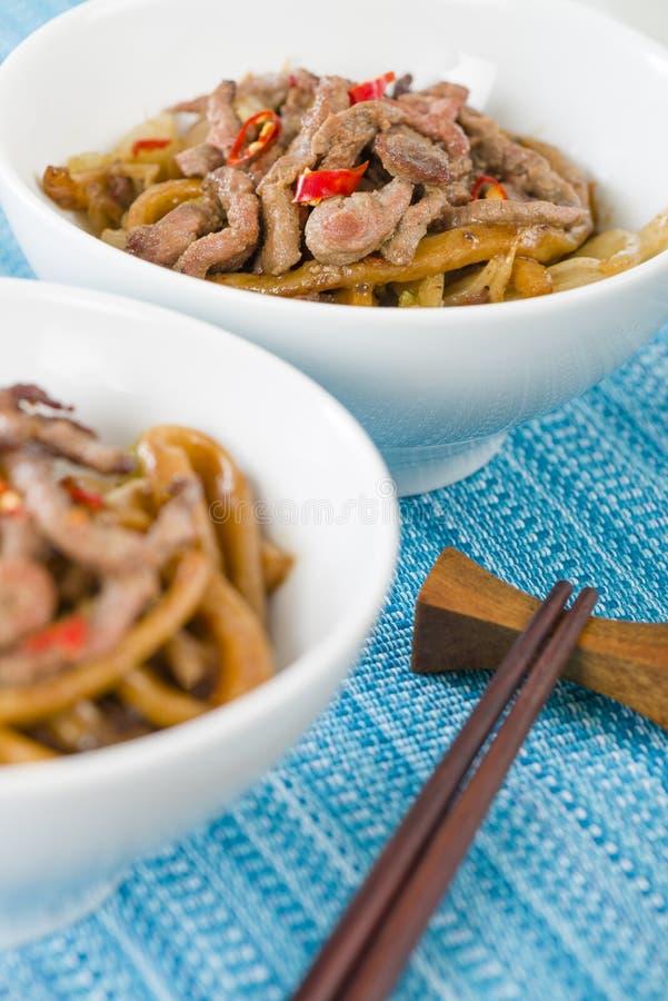 Kinesiskt kryddigt nötkött och svart Bean Sauce royaltyfri foto