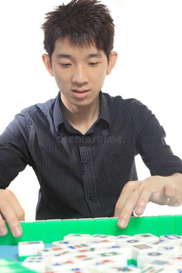 Kinesiskt manspelrum Mahjong fotografering för bildbyråer