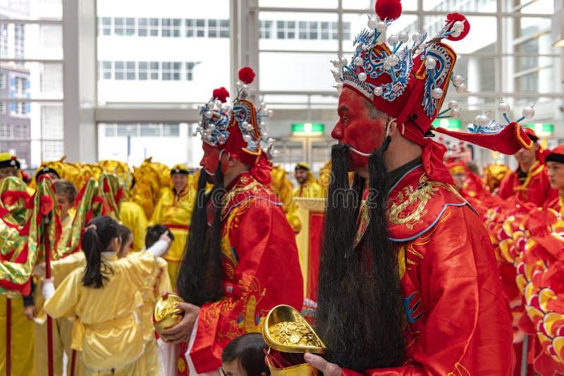 Kinesiskt nyår 2020 - angapa, röd kuvertfördelning royaltyfri bild