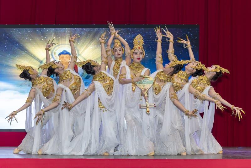 Kinesiskt nyår 2020 - Kinesiska artistspel Gansu Art Troupe royaltyfri bild
