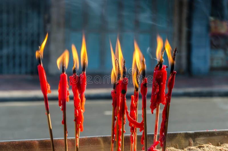 Kinesiskt nytt år och röd stearinljus fotografering för bildbyråer