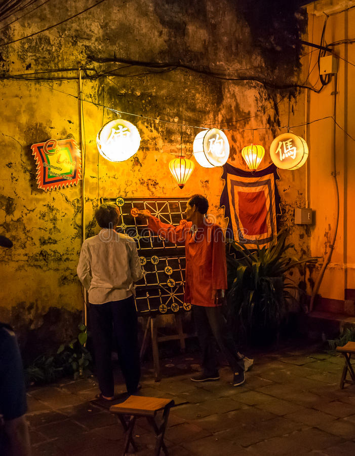 Kinesiskt schack på natten royaltyfri bild