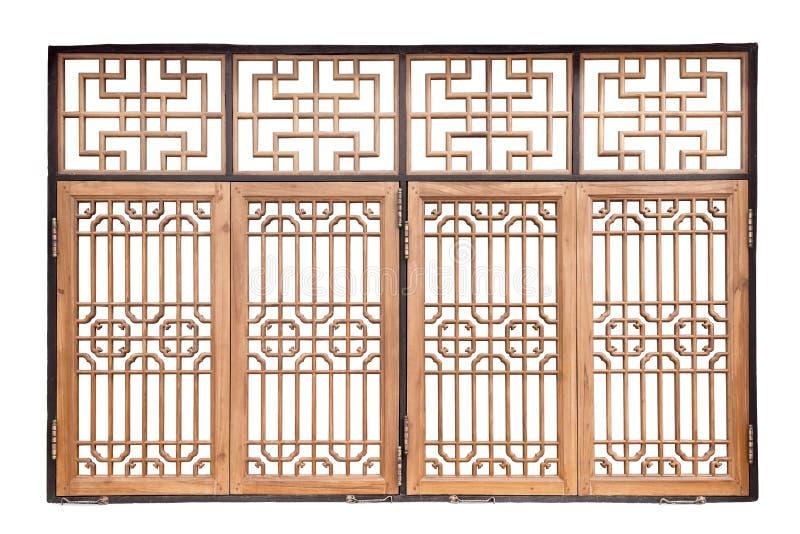 Kinesiskt träfönster för traditionell stil på isolerad vit backgr royaltyfria bilder