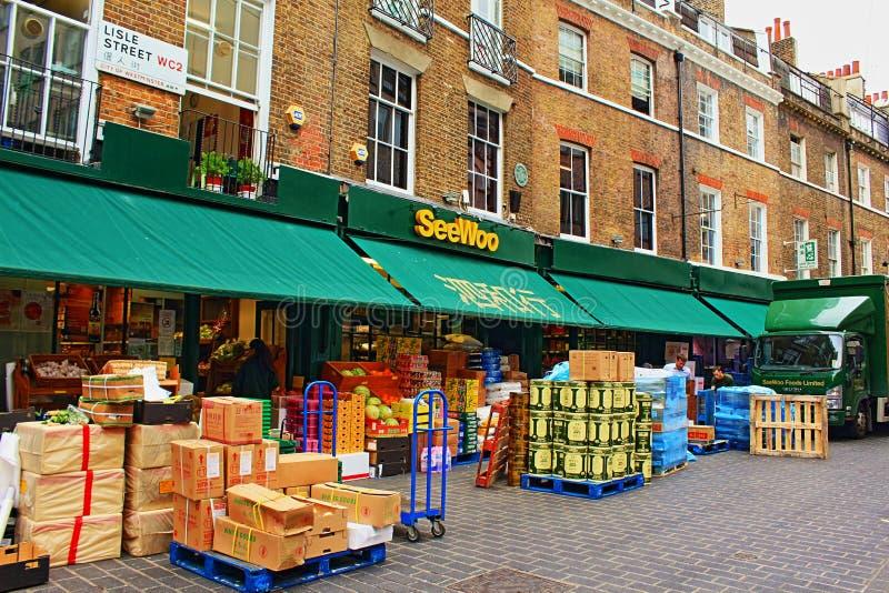 Kineskvarter London Förenade kungariket för Lisle gatamarknad arkivfoton
