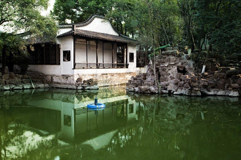 Download Kinesträdgård arkivfoto. Bild av sydligt, kines, yangtze - 37345416