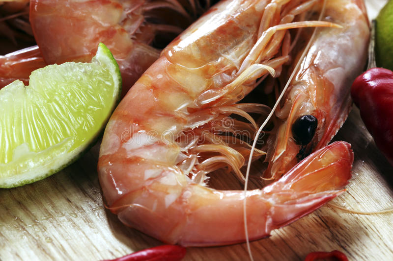 King Prawns With Lime And Chili Stock Photography