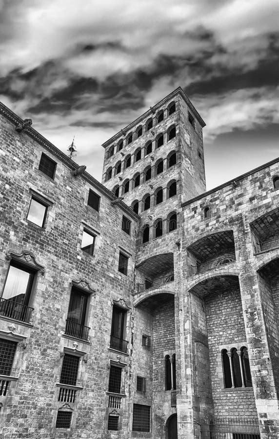 King& x27 ; s Martin Watchtower, point de repère dans le quart gothique, Barcelone, photos libres de droits