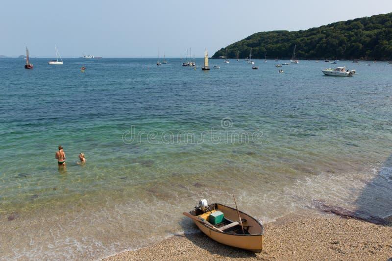 Kingsand-Strand Cornwall England Vereinigtes Königreich auf der Rame-Halbinsel, die Plymouth-Ton übersieht