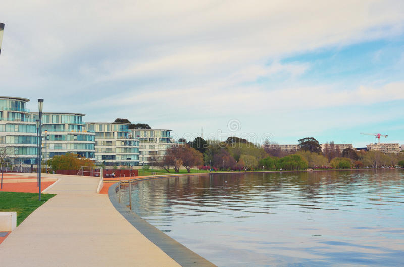 Kingston Foreshore Apartments royaltyfri fotografi