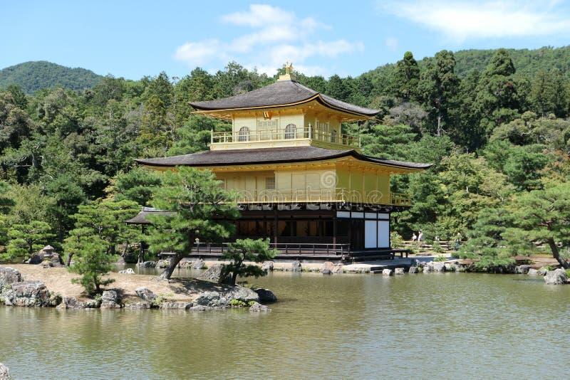 Kinkaku-ji arkivbild