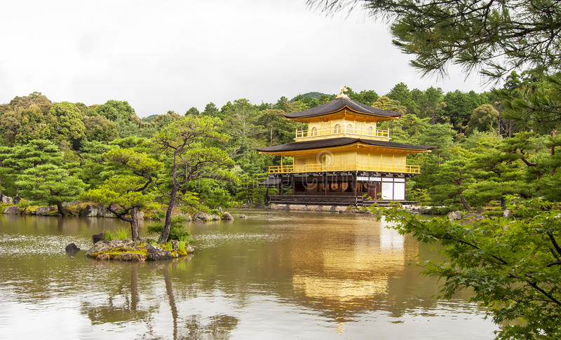 Kinkaku-ji In Japan Royalty Free Stock Photos