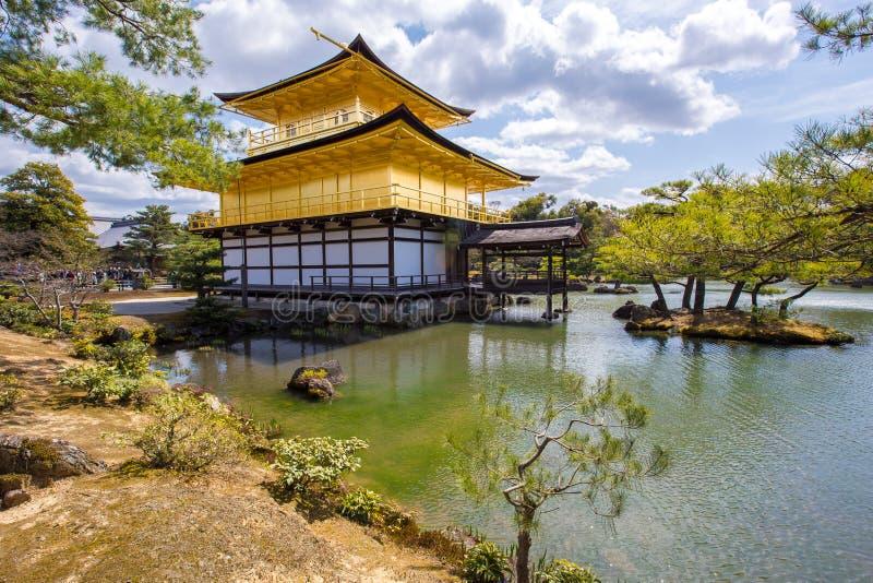 Kinkaku-ji, o pavilhão dourado fotos de stock royalty free