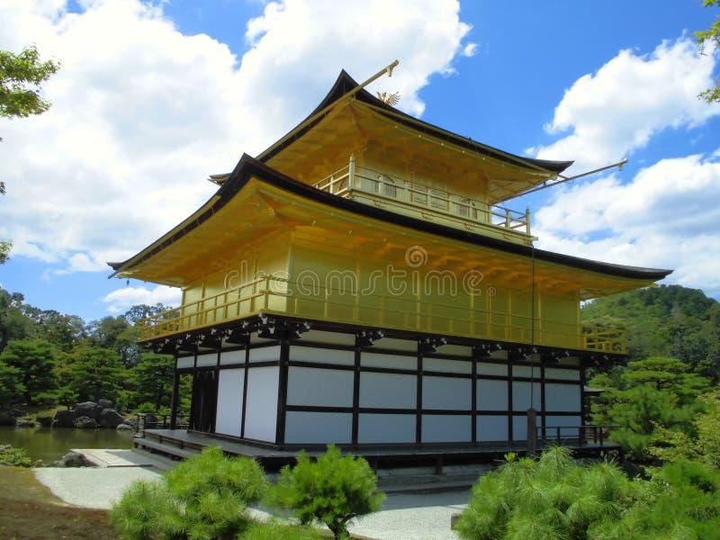 Kinkaku-ji Zen Buddhist Temple i Kyoto, Japan arkivbild