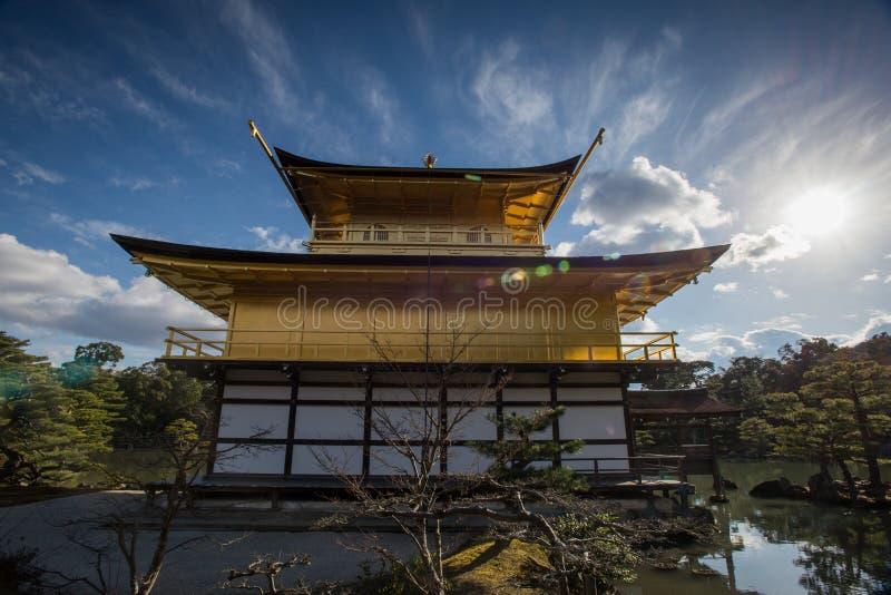 Kinkaku -kinkaku-ji, het Gouden Paviljoen, een Zen Buddhist-tempel in Kyoto, royalty-vrije stock foto