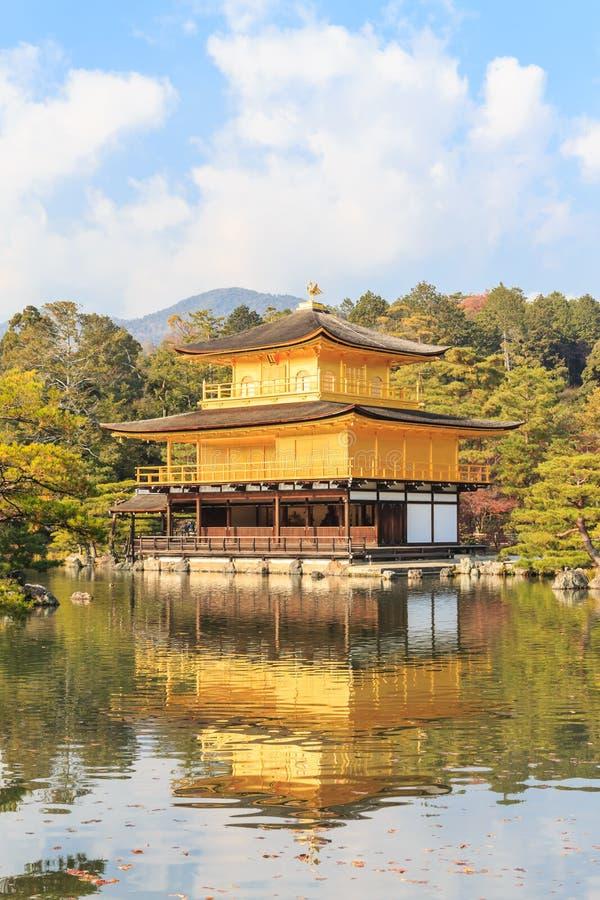 Kinkakuji świątynia & x28; Złoty Pavilion& x29; w Kyoto, Japonia zdjęcia stock