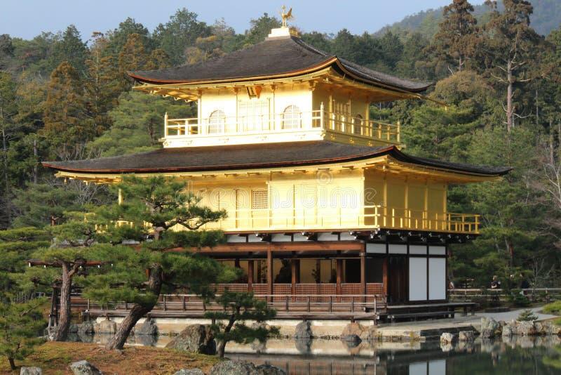Kinkakuji - золотой висок стоковые изображения