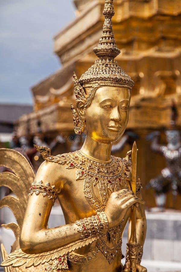 Kinnara en Wat Phra Kaew foto de archivo libre de regalías