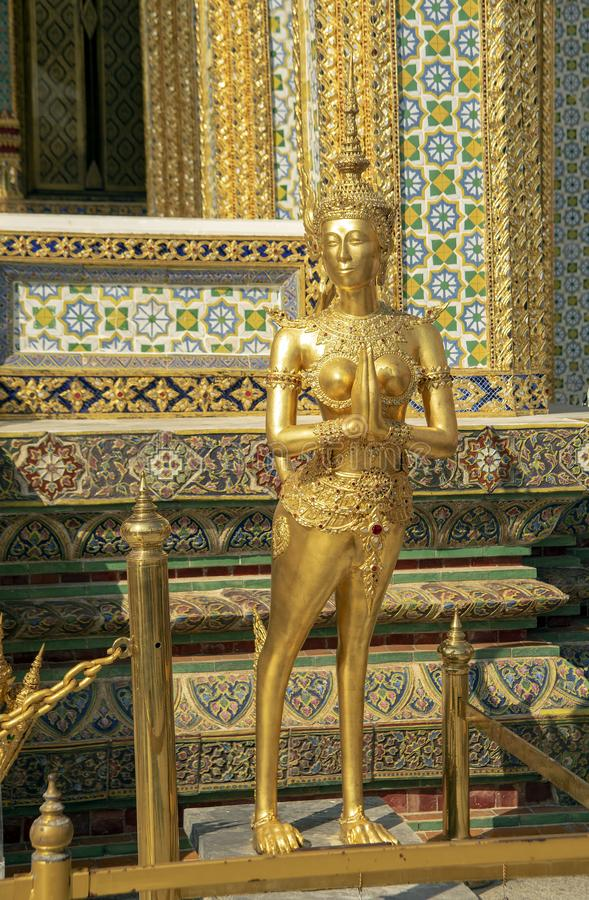 Kinnaree au temple d'Emerald Buddha, palais grand, Bangkok, Thail photo stock
