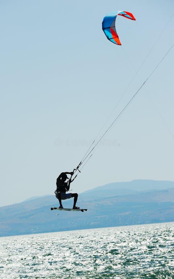 kinneret σερφ ουρανού λιμνών στοκ φωτογραφία με δικαίωμα ελεύθερης χρήσης