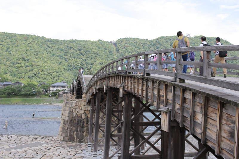 Kintai bro över den Nishiki floden i Iwakuni, arkivbilder