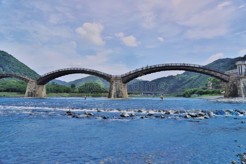 Kintaikyo bro i Iwakuni, Hiroshima, Japan royaltyfria foton