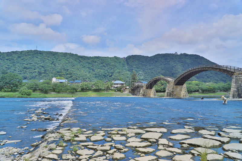 Kintaikyo bro i Iwakuni, Hiroshima, Japan royaltyfri foto