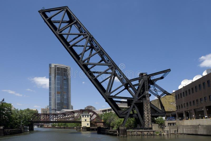 Kinzie Straßen-Eisenbahn-Brücke - Chicago stockfotos